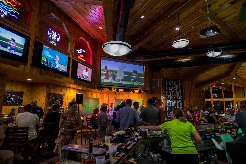 customers enjoying a night at the Horny Toad Bar at Camden on the Lake